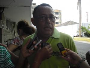 Alexis Gaines, Secretario de Salud departamental, manifiesta que la temporada seca que tiene padeciendo de sed a varias poblaciones, es la causante de la disminución de los casos de dengue.