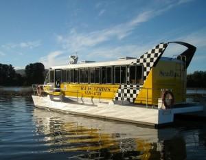 Buses fluviales implementados en la ciudad Chilena de Valdivia.